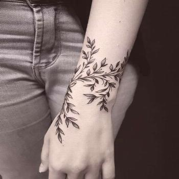 50 eye-catching lion tattoos that make you want to ink Inkspiration - diy best tattoo ideas -  50 e