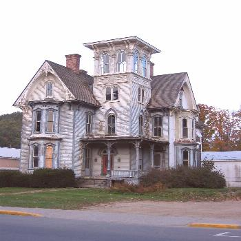 Another old Beauty waiting to be loved again -abandoned mansion in Pennsylvania,... -