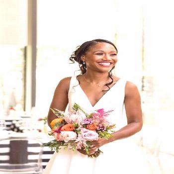 Modern B & W Mus click for more ... Modern B & W Museum Wedding Styled Shoot in Pennsylvania  In th