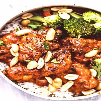 PIN TO SAVE FOR LATER! Peanut Butter Chicken is a strange sounding but awesomely delicious dinner r