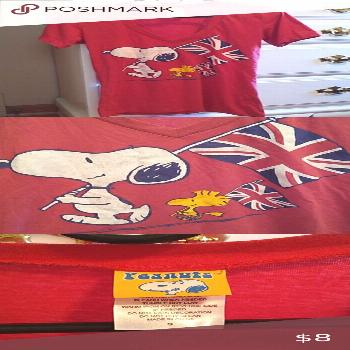 Spotted while shopping on Poshmark: Snoopy tee!