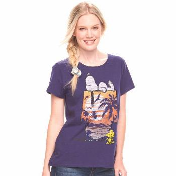 Women's Family Fun Peanuts Snoopy Tropical Graphic Tee