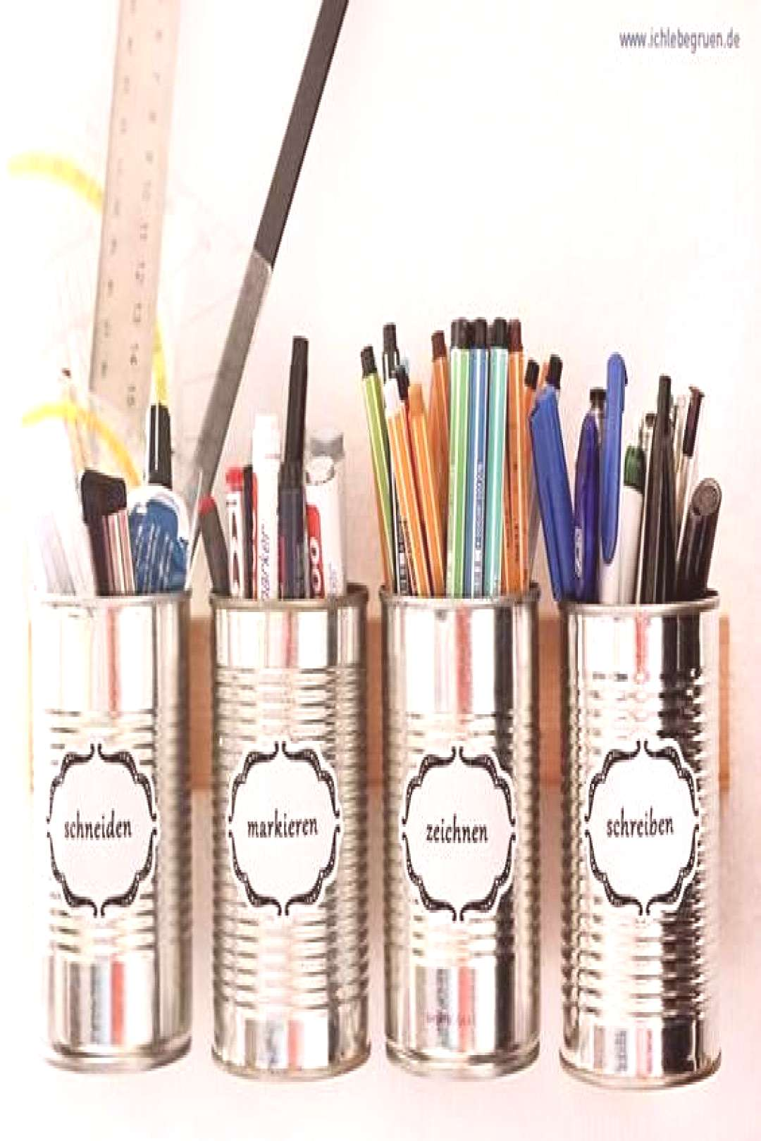 A nice system for hanging pens from old cans - DIY - do it yourself ... -  Make a nice system for h