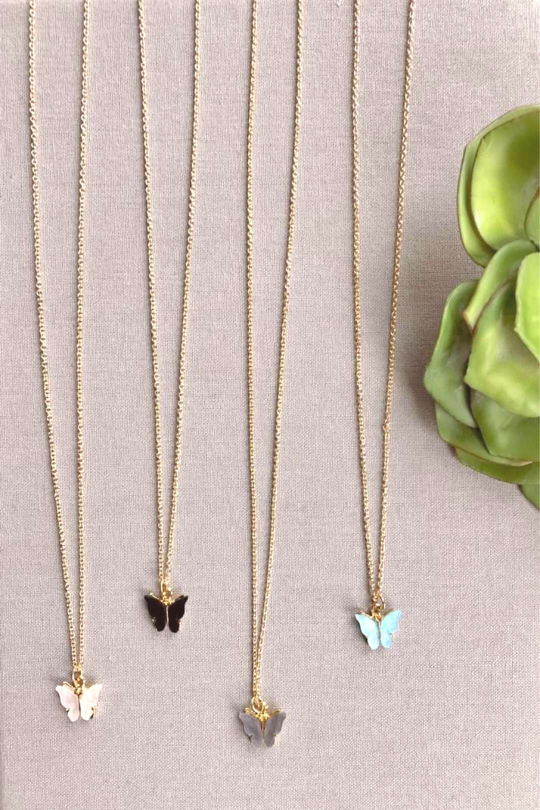 Dainty Butterfly Pendant Necklace - Gold Filled