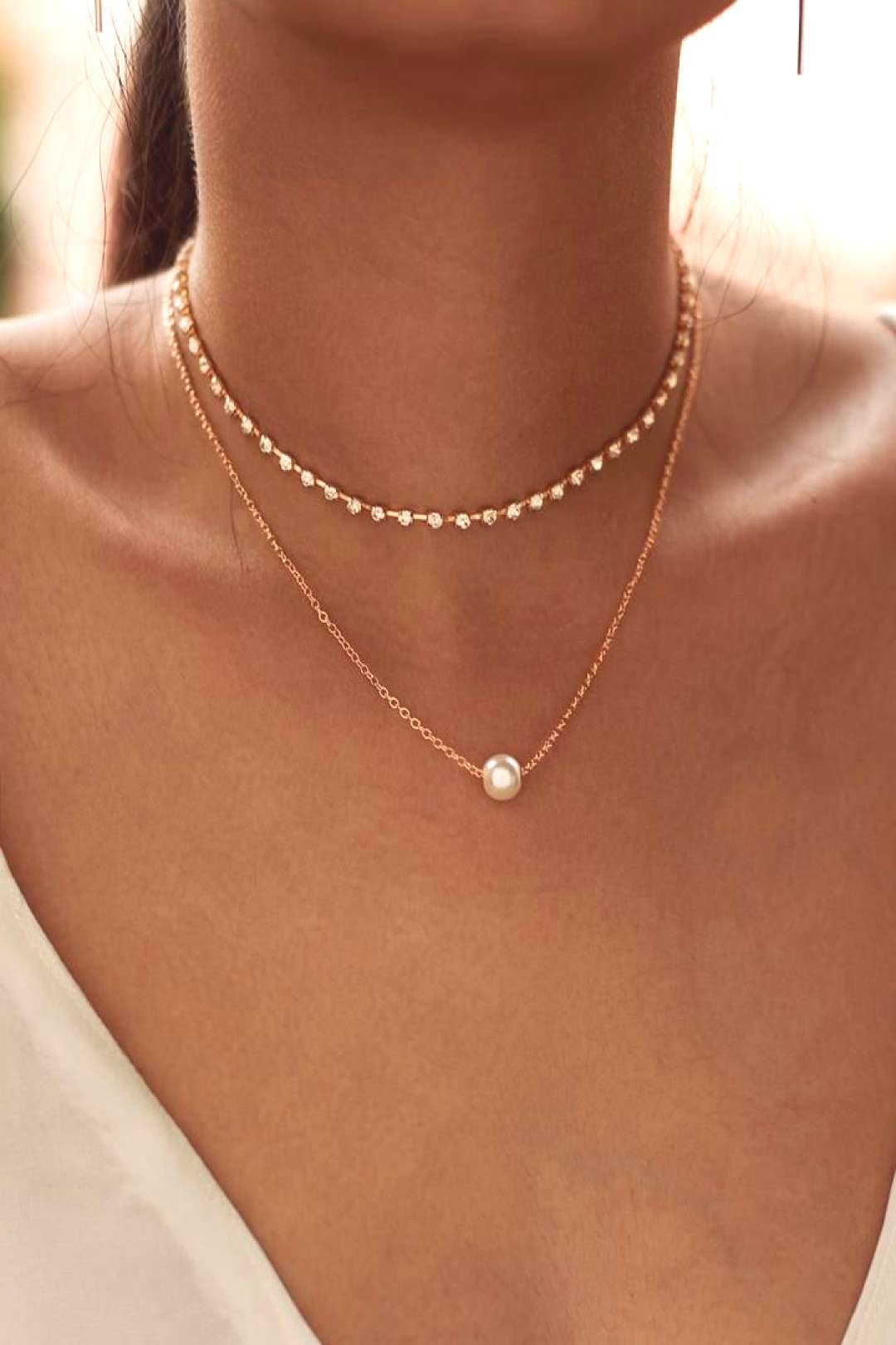 Faux Pearl Pendant Necklace and Rhinestone Choker    2pc