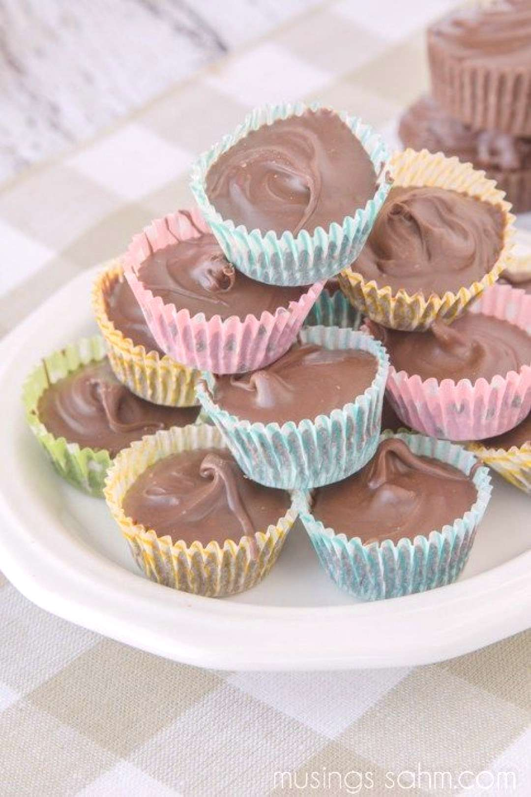 Homemade Peanut Butter Cups | The easy no-bake recipe