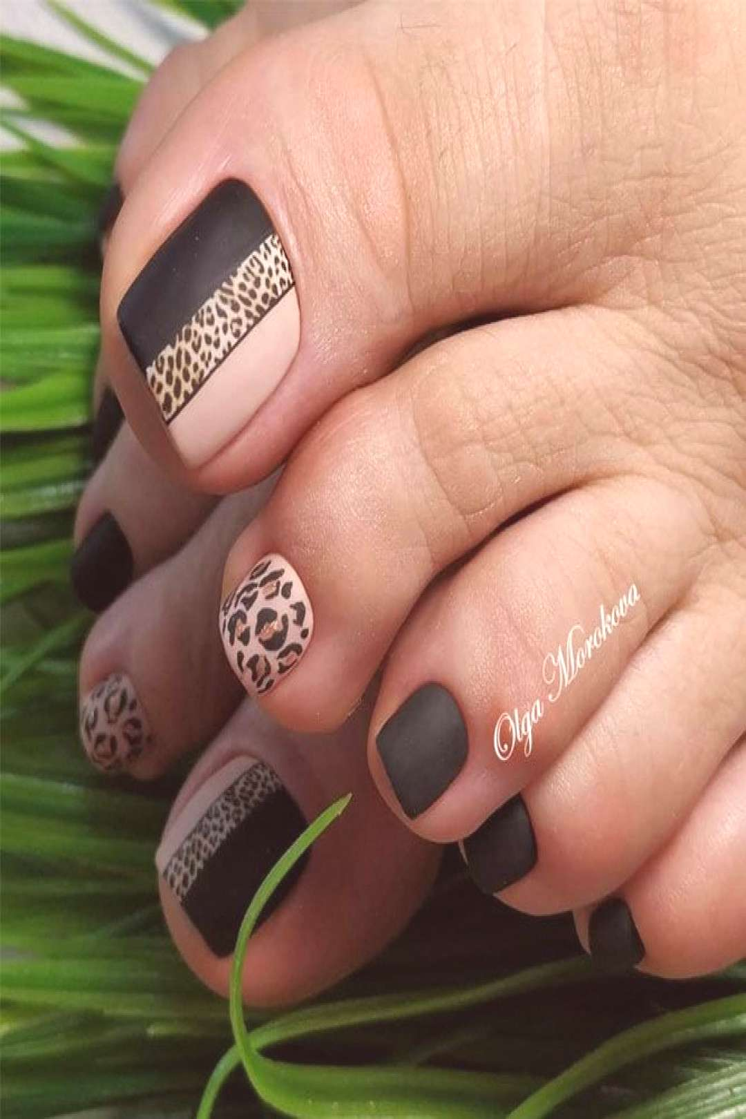 Matte Toe Nails With Leopard Art ★ Keeping your toes immaculate is as important as taking care of