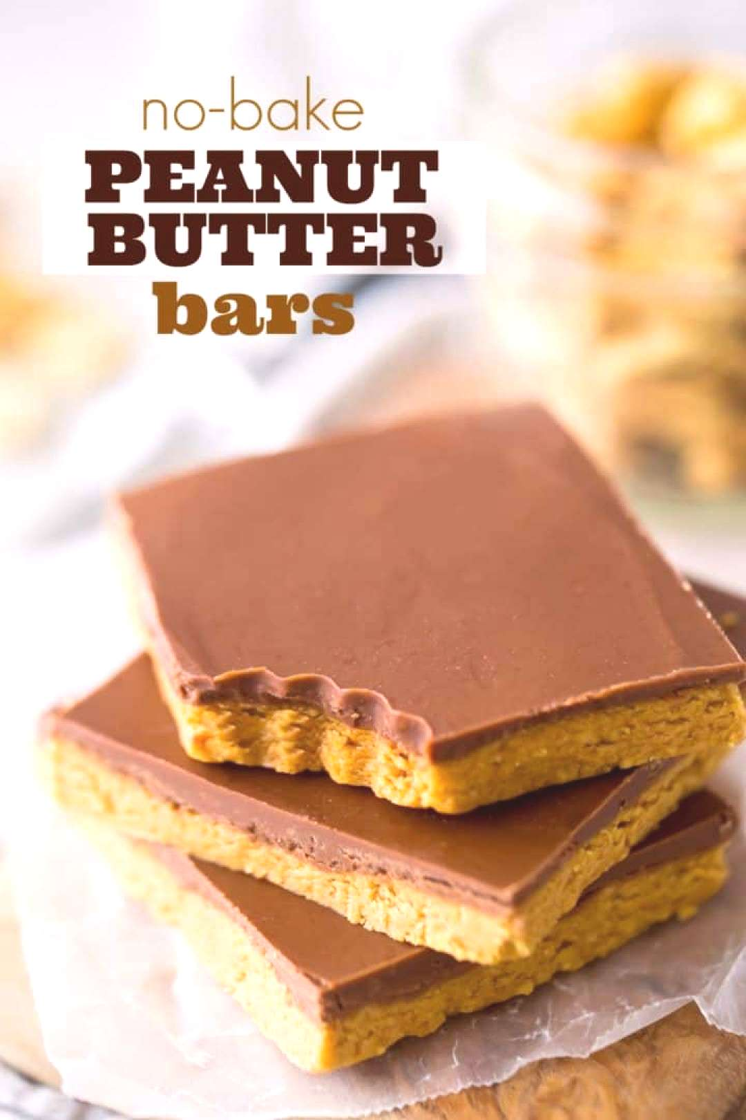 Peanut Butter Bars: taste just like a Reese's peanut butter cup! Easy, no bake recipe with just 4 s