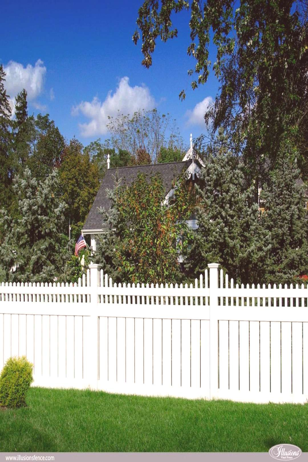V5706-4 PVC Vinyl Illusions Semi-Privacy Fence with 6 Inch boards and stepped Classic Victorian pic